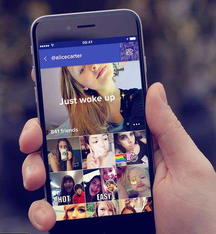 pleek-app-iphone