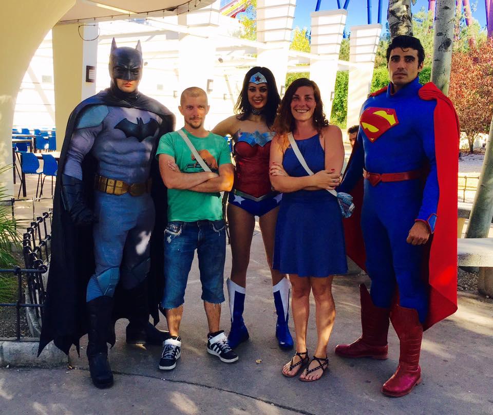 selfie batman et superman parc warner