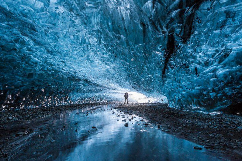 cave glace icelande
