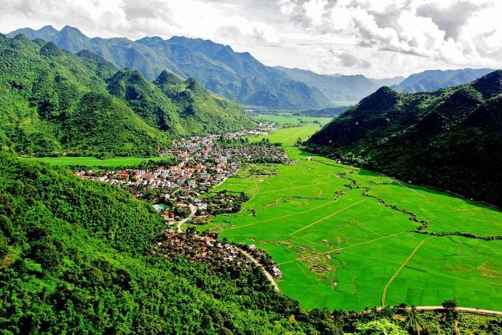 vallée de Mai Chau vietnam