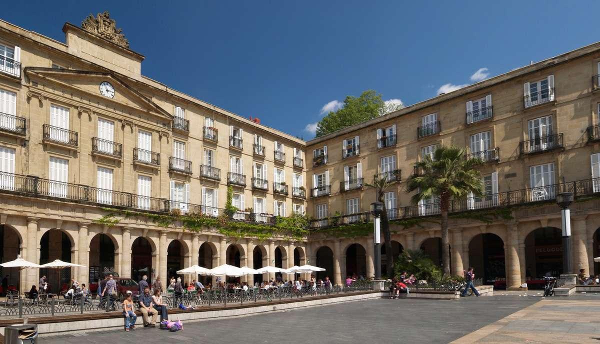 Spain, Bilbau, Casco Viejo, Plaza Nueva