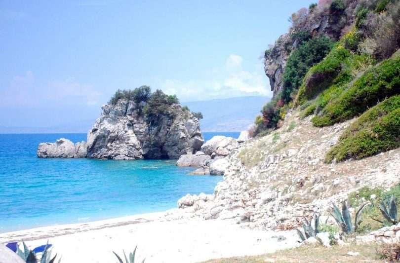 plage sauvage en albanie