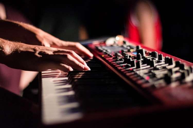 synthetiseur-piano